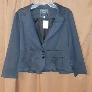 * * HAVE Must have Ruffled Suit Jacket Lined Gray